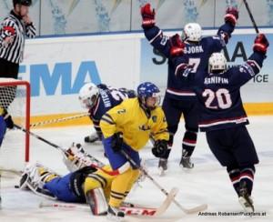 IIHF U18 World Championship 2014 Finland  1/2Final SWE-USA  Linus Söderström #1 , Axel Holmström #10 , Noah Hanifin #20, Ryan Hitchcock #21