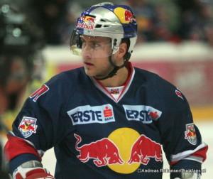 Martin St.Pierre EC Red Bull Salzburg  ⒸAndreas Robanser/Puckfans.at