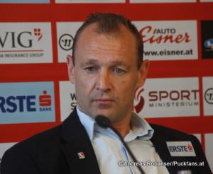 ÖEHV Head Coach Daniel Ratushny ⒸAndreas Robanser/Puckfans.at