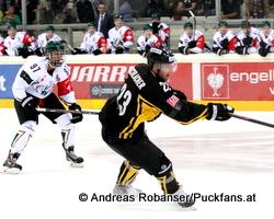 Vienna Capitals - Farjestad BK Champions Hockey League Oliver Kylington  #97, Markus Schlacher  #23  © Andreas Robanser/Puckfans.at