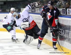 Slovan Bratislava - Medvescak Zagreb KHL - BratislavaMark Flood #36, Mark Dekanich #31, Vaclav Nedorost #14