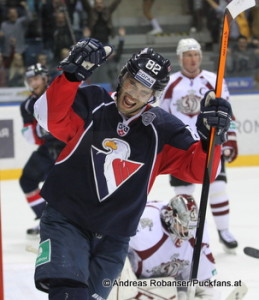 Slovan Bratislava - Dinamo Riga Michal Vondrka #82, Jakub Sedlacek #36 © Andreas Robanser/Puckfans.at