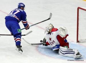 KHL Saison 2014/2015 SKA St. Petersburg - CSKA Moskau Ilya Kovalchuk #17, Stanislav Galimov #40  © Natalia Chereshneva