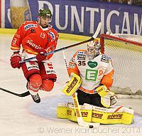 Graz 99ers – HCB Südtirol Ziga PANCE #13,Dany SABOURIN #35 ©Werner Krainbucher/Puckfans.at