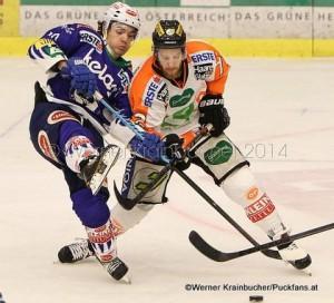 Graz 99ers - EC VSV  EBEL saison 2014/15 Brock MCBRIDE (VSV) & Kevin MODERER (Graz 99ers) © Werner Krainbucher/Puckfans.at