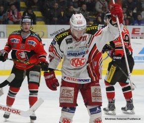 HC Orli Znojmo - EC KACEBEL 1/4Finale Game 3 David Bartos #10, Kim Strömberg  #17 © Andreas Robanser/Puckfans.at