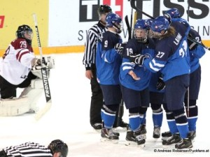 IIHF U18 World Championship LAT - FIN Gustavs Davis Grigals #29, Jonne Tammela #19,  Vili Saarijärvi #9, Patrik Laine #27, © Andreas Robanser/Puckfans.at