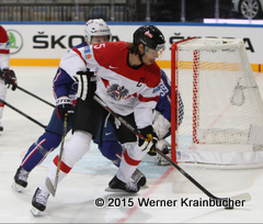 IIHF World Championship 2015 Preliminary Round AUT - FRA Nicolas BESCH (FRA); Thomas RAFFL (AUT) ⒸWerner Krainbucher/Puckfans.at