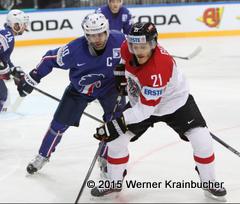 IIHF World Championship 2015 Preliminary Round AUT - FRA Laurent MEUNIER (FRA); Manuel GEIER (AUT) ⒸWerner Krainbucher/Puckfans.at