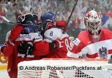 IIHF World Championship 2015 Preliminary Round CZE - AUT Torjubel Tschechien, Bernhard Starkbaum #29 © Andreas Robanser/Puckfans.at