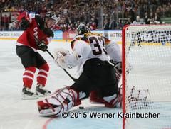 IIHF World Championship 2015 Preliminary Round CAN - GER Matt DUCHENE (CAN); Danny AUS DEN BIRKEN (GER) ⒸWerner Krainbucher/Puckfans.at