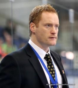 Gordie Dwyer  Ass. Coach Team Canada U18 2012 © Andreas Robanser/Puckfans.at