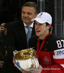 IIHF Präsident Rene Fasel und Sidney Crosby  IIHF World Championships 2015 ©Puckfans.at/Andreas Robanser