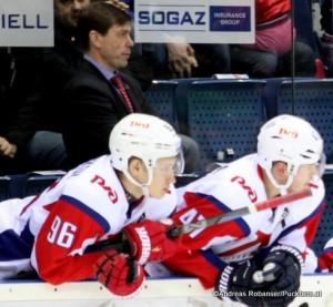 Yegor Korshkov #96, Petri Kontiola  #47Ilya Samsonov#30 Lokomotiv Yaroslavl Saison 2015-16 ©Puckfans.at/Andreas Robanser