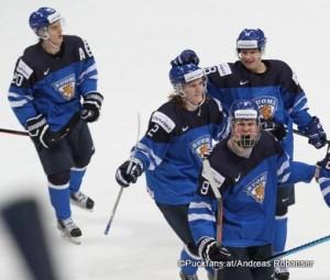 IIHF World Junior Championship 2016 Finland/Helsinki, Hartwall Arena Sebastian Aho #20, Sami Niku #2, Jesse Puljujärvi #9 ©Puckfans.at/Andreas Robanser