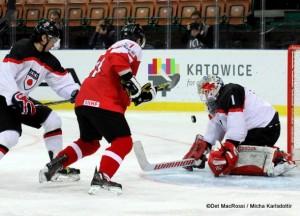 IIHF World Championship Division I AUT - JAP Manuel Geier #21, Takuto Onoda #1 ©Det MacRossi / Micha Karlsdottir