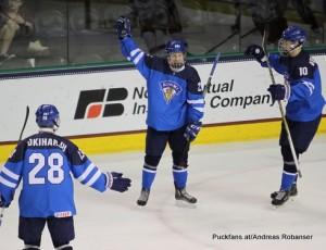 2016 IIHF U18 World Championship 1/4 Final FIN - RUS Ralph Engelstad Arena, Grand Forks Henri Jokiharju #28, Eeli Tolvanen #20, Kristian Vesalainen #10 ©hockeyfans.ch/Andreas Robanser