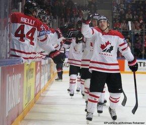2016 IIHF World Championship Russia, VTB Ice Palace, Moscow Semifinal CAN - USA Brendan Gallagher #11, Morgan Rielly #44 ©Puckfans.at/Andreas Robanser