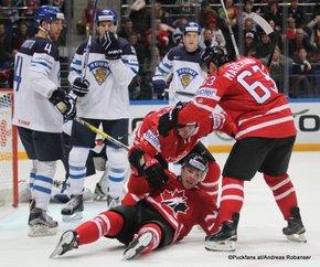 2016 IIHF World Championship Russia, VTB Ice Palace, Moscow  Finale FIN - CAN Mika Pyörälä #37, Tommi Kivistö #4, Connor McDavid #97, Brad Marchand #63, Atte Ohtamaa #55 ©Puckfans.at/Andreas Robanser
