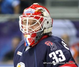 Barry Brust #33 HC Slovan Bratislava ©Puckfans.at/Andreas Robanser