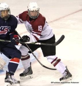Sandis Smons #19 ; Latvia U18 IIHF U18 World Championship 2016 ©Puckfans.at/Andreas Robanser