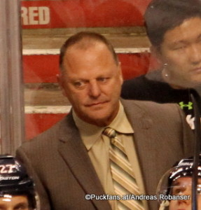 Head Coach Gerard Gallant Florida Panthers ©Puckfans.at/Andreas Robanser