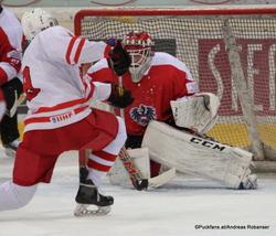 Test: AUT U20 - POL U20 Albert Schultz-Eishalle Patryk Krezolek #9, Jakob Holzer #25 ©Puckfans.at/Andreas Robanser