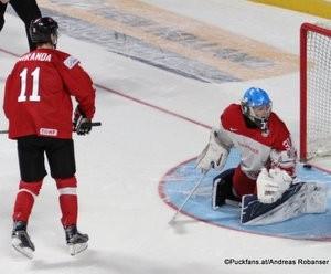 IIHF World Juniors Championship 2017 SUI - DEN Marco Miranda #11, Kasper L. Krog #31 Bell Center, Montreal ©Puckfans.at/Andreas Robanser