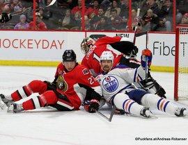 Ottawa Senators - Edmonton Oilers Curtis Lazar #27, Matt Hendricks #23, Mike Condon #1 Canadian Tire Centre, Ottawa ©Puckfans.at/Andreas Robanser