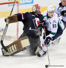 Slovan Bratislava - Khanty-Mansiysk Barry Brust #33, Kirill Belyayev #93 Ondrej Nepela Arena ©Puckfans.at/Andreas Robanser