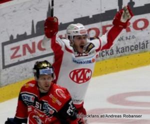 EBEL Playoffs: 1/4Final Game 2 HC Orli Znojmo - EC KAC Jan Seda #51, Manuel Geier #21 ©Puckfans.at/Andreas Robanser