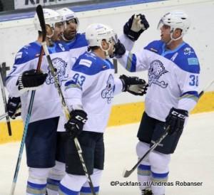 Torjubel Barys Astana  Martin St-Pierre #93, Kevin Dallman #38 KHL Season 2016-17 ©Puckfans.at/Andreas Robanser