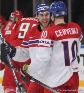 IIHF World Championship 2017 BLR - CZE Jan Rutta #90, Roman Cervenka #10 Paris, Bercy ©Puckfans.at/Andreas Robanser