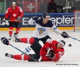 IIHF World Championship 2017 SUI - FIN Antti Pihlström #41, Tanner Richard #71 Paris, Bercy ©Puckfans.at/Andreas Robanser