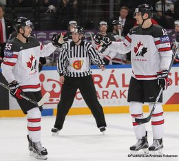 IIHF World Championship 2017 CAN - NOR Mark Scheifele #55, Colton Parayko #12 Paris, Bercy ©Puckfans.at/Andreas Robanser