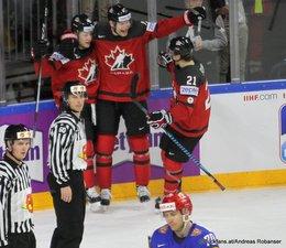 IIHF World Championship 2017 Semifinal CAN - RUS Colton Parayko #12, Brayden Point #21, Vladimir Tkachyov #70 Köln, Lanxess Arena ©Puckfans.at/Andreas Robanser