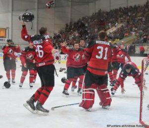 Jubel Team Canada in Breclav ©Puckfans.at/Andreas Robanser
