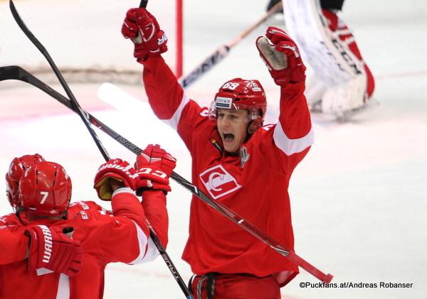 Lukas Radil #69, Spartak Moskau KHL Season 2017-2018 ©Puckfans.at/Andreas Robanser
