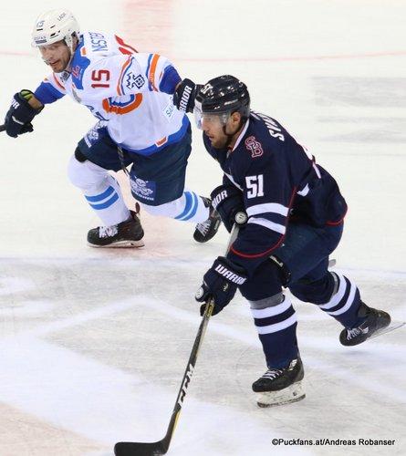 HC Slovan Bratislava - Lada Togliatti  Alexander Nesterov #15, Ivan Svarny #51 Ondrej Nepela Arena ©Puckfans.at/Andreas Robanser