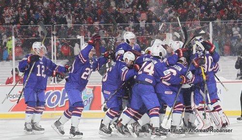 IIHF World Juniors 2018 CAN - USA  Jake Oettinger #30. Trent Frederic #34, Adam Fox  #8, Scott Perunovich #15, Dylan Samberg #12, Andrew Peeke #20 New Era Field ©Puckfans.at/Andreas Robanser
