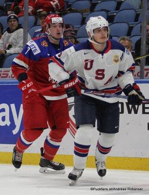 IIHF World Juniors 2018 Quarterfinal USA - RUS Dmitri Sokolov #7, Ryan Lindgren #5 KeyBank Center ©Puckfans.at/Andreas Robanser