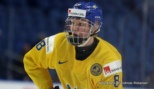 Rasmus Dahlin #8  IIHF World Juniors 2018 ©Puckfans.at/Andreas Robanser