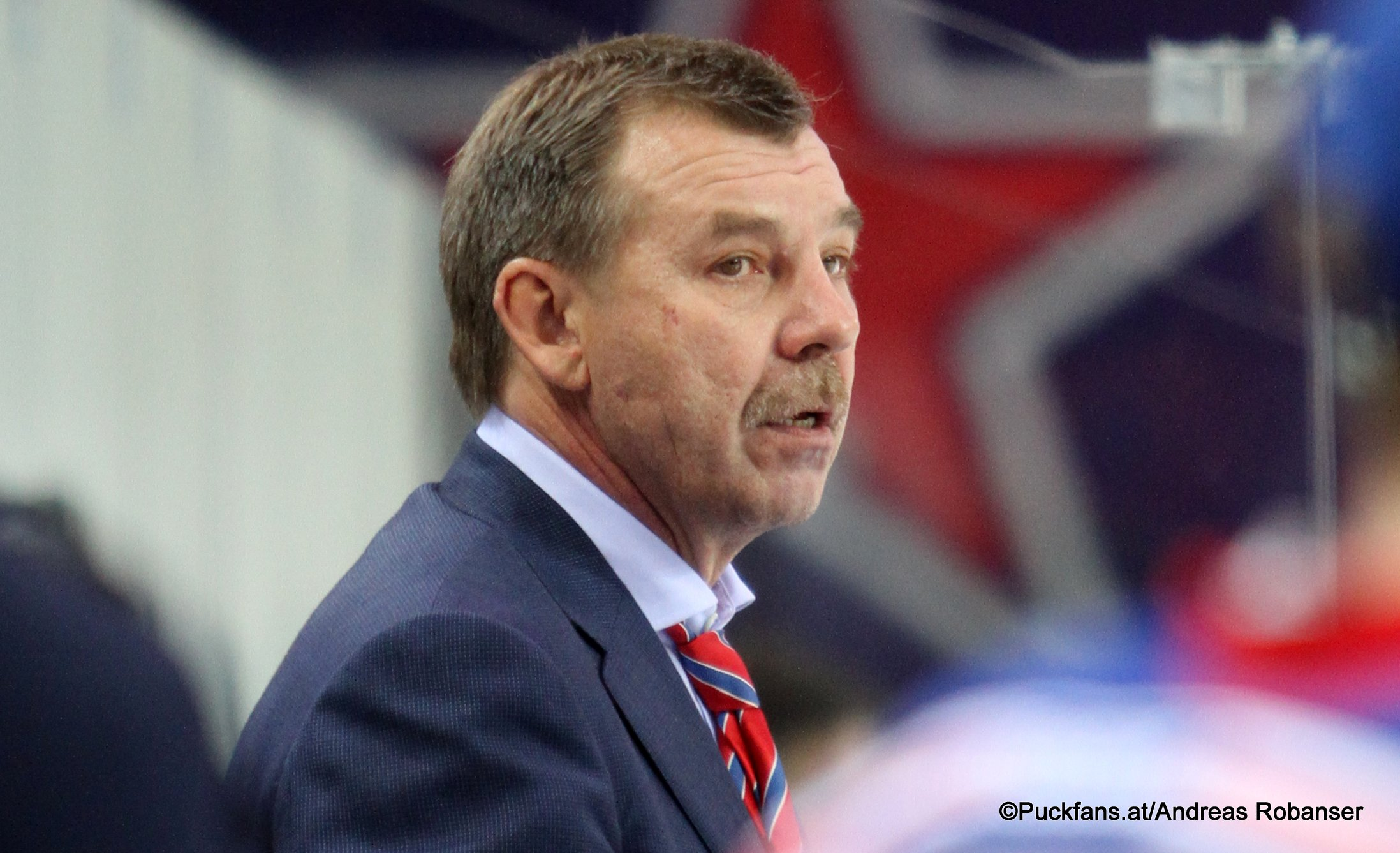 Oleg Znarok. KHL Season 2017-18 ©Puckfans.at/Andreas Robanser