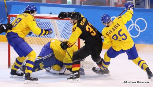 Olympic Winter Games Pyeongchang 2018 Men's Quarterfinals SWE - GER Dennis Everberg #18, Viktor Fasth #30, Patrick Reimer #37, Viktor Stålberg #25 Kwandong Hockey Centre ©Andreas Robanser