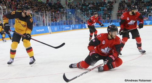 Olympic Winter Games Pyeongchang 2018 Men's Play-offs Semifinals CAN - GER Marcel Noebels #92, Cody Goloubef  #27, Eric O'Dell  #22 Gangneung Hockey Centre ©Andreas Robanser