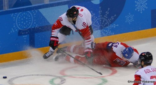 Olympic Winter Games Pyeongchang 2018 Men's Bronze Medal Game CZE - CAN Marc-André Gragnani #18, Lukas Radil #69 Gangneung Hockey Centre ©Andreas Robanser