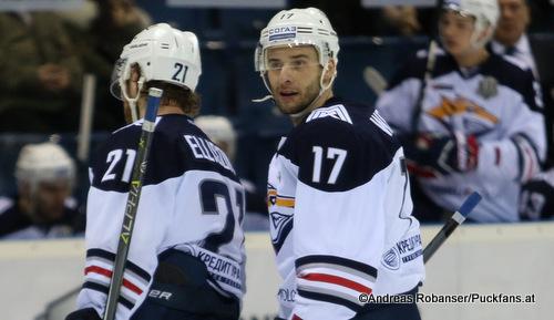 Matt Ellison  #21, Wojtek Wolski #17 metallurg Magnitogorsk KHL Season 2017 ©Puckfans.at/Andreas Robanser