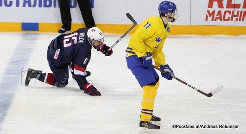 IIHF U18 World Championship USA - SWE  Bode Wilde #15, Oscar Bäck #11 Arena Metallurg, Magnitogorsk  ©Puckfans.at/Andreas Robanser