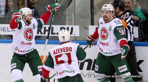 Torjubel Ak Bars Kazan, KHL Gagarin Cup Final 2018 Justin Azevedo  #51, Anton Lander #58 ©Puckfans.at/Andreas Robanser