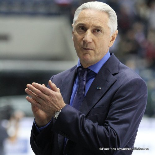 Ak Bars Head Coach Zinetula Bilyaletdinov ©Puckfans.at/Andreas Robanser